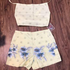Hawaiian Floral Print Halter Top and Shorts Large